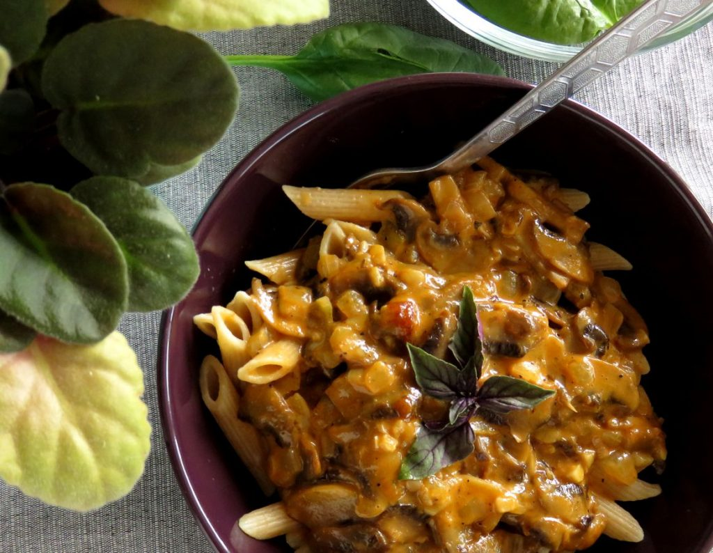 Vegan Creamy Mushroom Pasta with Truffle Oil