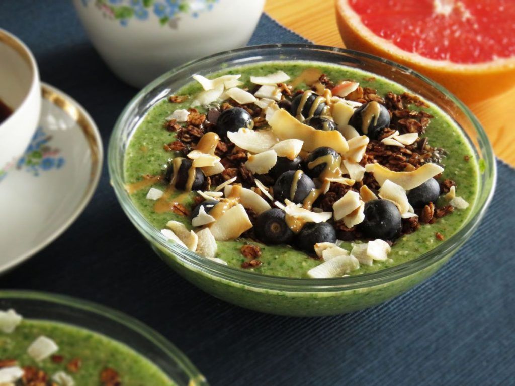 Iron-Rich Spinach Smoothie served in a bowl