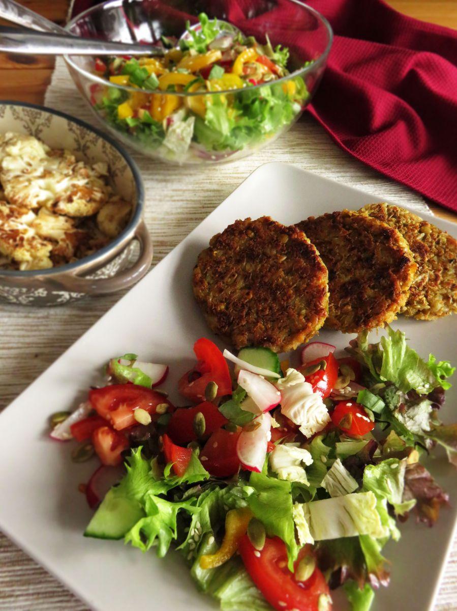 Crunchy Vegan Lentil Burger Patties served with salad