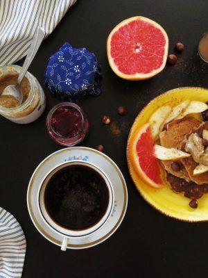 Fluffy Banana Oat Pancakes: breakfast or dessert recipe