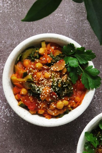 Chickpea Stew In Tomato Sauce with Zucchini & Kale